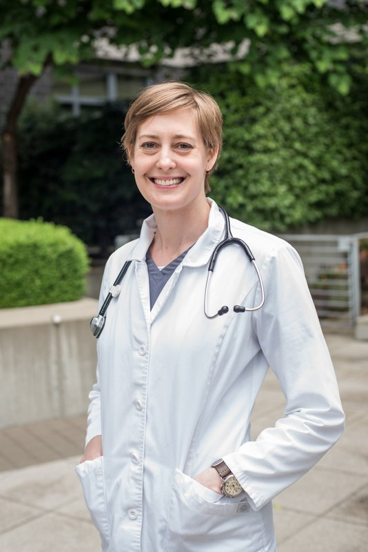 Meet Dr. Leslie Nies, associate veterinarian
